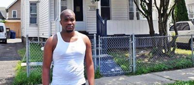 NY Daily News: Ex-prisoner en route to job interview takes shirt off back to save man's life